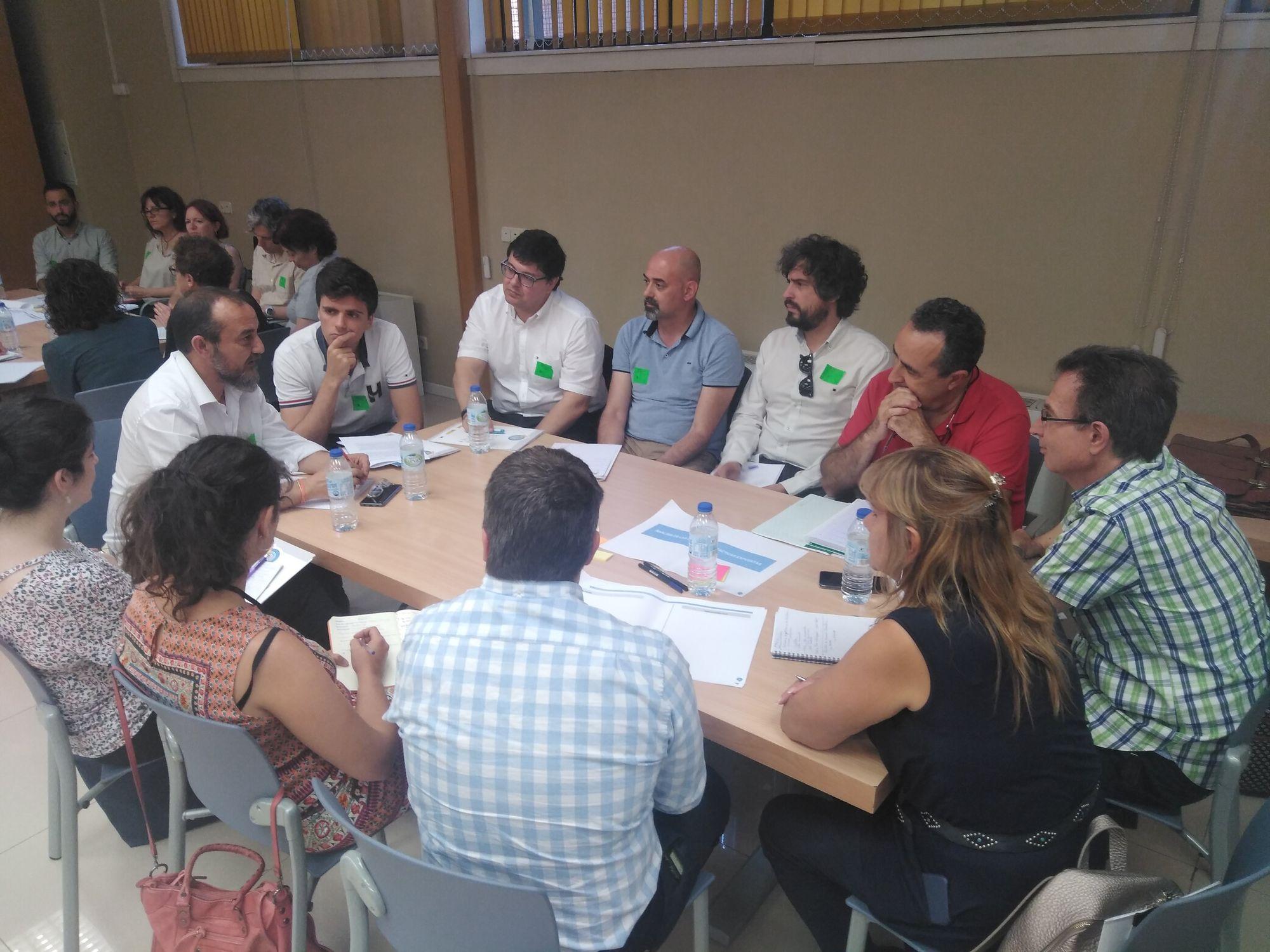 Dináminca grupal primera sesión del Grupo de Trabajo 3
